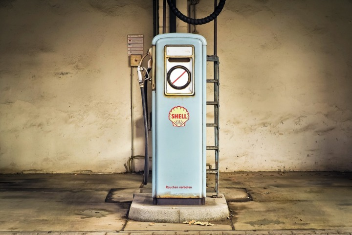 gas-pump-gasoline