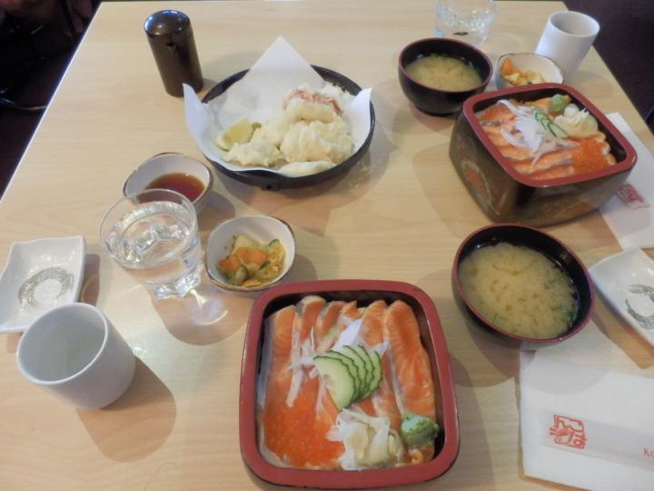 ニュージーランド-テカポ-KOHANレストラン-サーモン丼