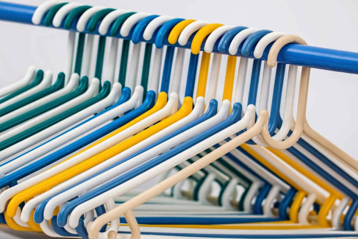 clothes-hangers-tidy